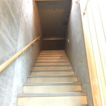 圧倒的玄関※写真と文章は2階の反転間取り別部屋のものです