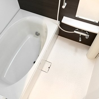 お風呂は追い焚き&浴室乾燥機付き◎