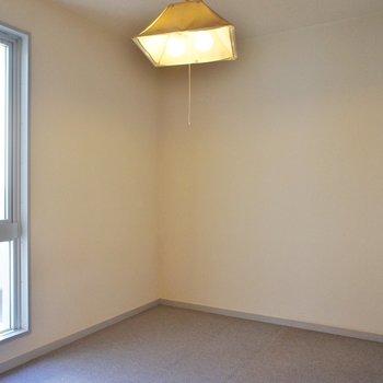 寝室ネ!※写真は2階の同間取り別部屋のものです