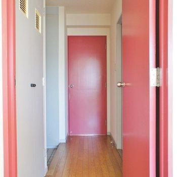 廊下ネ!!※写真は2階の同間取り別部屋のものです