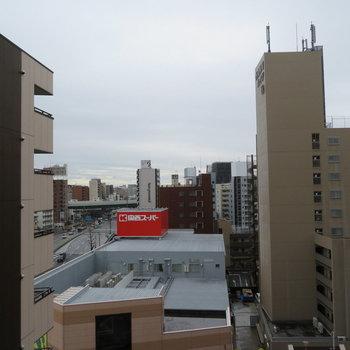マンションたちが※写真は8階同間取り・別部屋のものです。