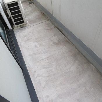 バルコニーからは ※写真は8階同間取り・別部屋のものです。