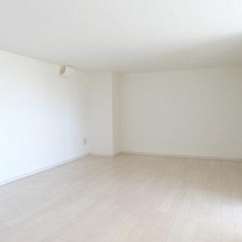 ロフトスペースも広々。高さあるから1部屋として使っても◎(※写真は清掃前のものです)
