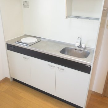 一口IHですが、調理スペースは広く使えます