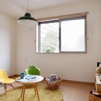 【洋室6.1帖】こちらは子供部屋がいいかな※家具・雑貨はサンプルです