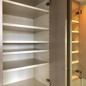食器や調理器具は全部しまってしまいましょう