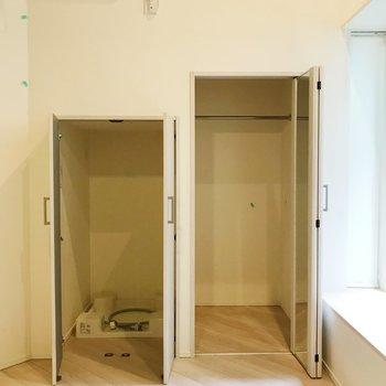 左側は洗濯機置き場です。 ※写真は前回募集時のものです