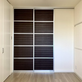 【洋室】夜は扉をそっと閉めて、おやすみなさい※写真は1階の同間取り別部屋のものです
