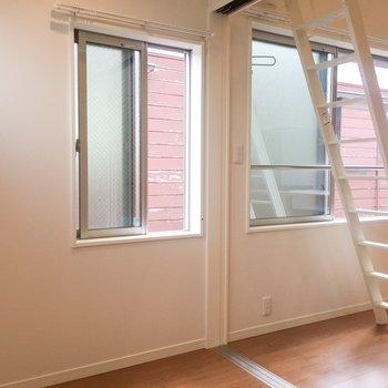 それぞれのお部屋に窓がありますよ。※写真は前回募集時のものです