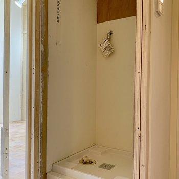 既存利用】扉が付くので隠すことが出来る洗濯パン
