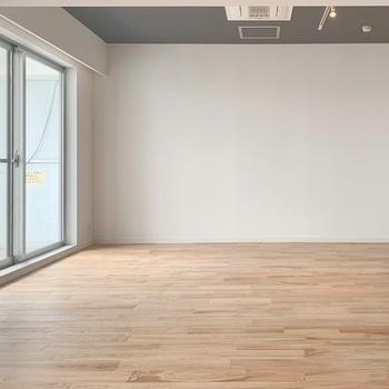 【完成イメージ】天井はグレーに塗装されクールなイメージ!
