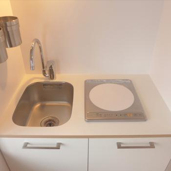 【完成イメージ】IHのオリジナルキッチンがお部屋によく馴染む。