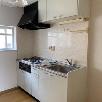 【工事前】キッチンは新しいものへ!