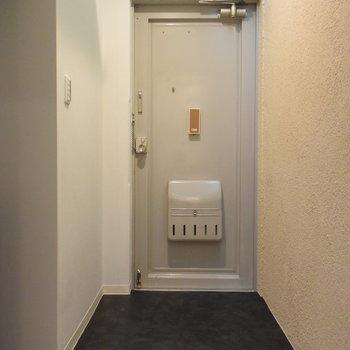 広々の玄関