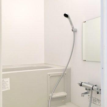 清潔感のある浴室ですね。※ 写真は前回募集時のものです