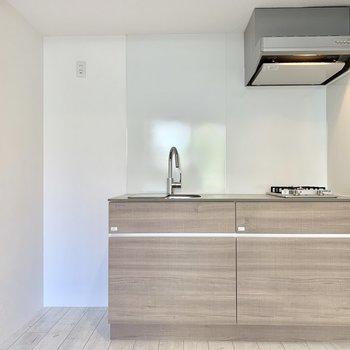 冷蔵庫は左手にどうぞ。※ 写真は前回募集時のものです
