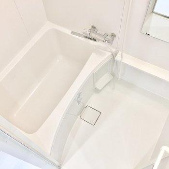 お風呂もキレイです♪