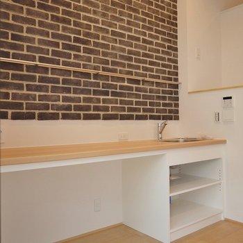 キッチンはシンプルなのがgood~!※写真は同タイプ1階のお部屋