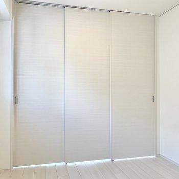 仕切るとコンパクトなお部屋が2つ誕生します※写真は3階の同間取り別部屋のものです