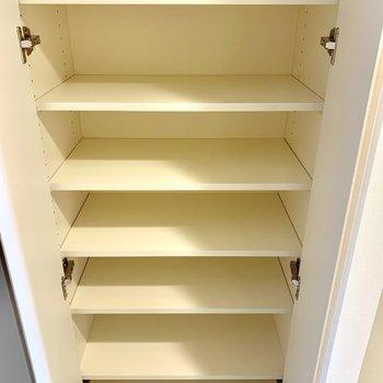 靴の収納には困りませんね※写真は3階の同間取り別部屋のものです