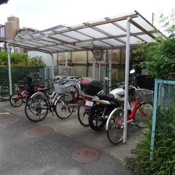 自転車置き場もしっかり!