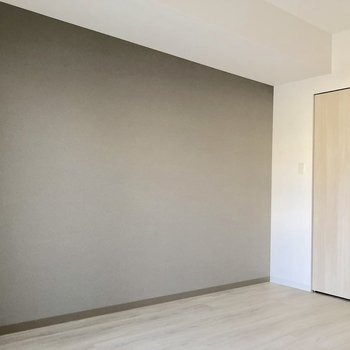 なんだか落ち着く色合いです※写真は5階の同間取り別部屋のものです
