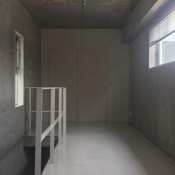 【上階】まずは2階から