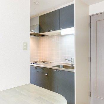 【LDK】さて、キッチンを見てみましょう。