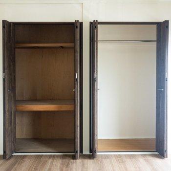 【洋室②】右側にはハンガーラックが。左側には日用品がしまえそう。