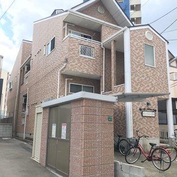 2003年築の木造アパートです。