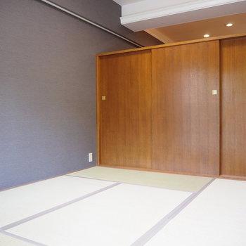 収納の上部が開いているので、和室も開放的!