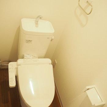トイレはウォッシュレットつきです!