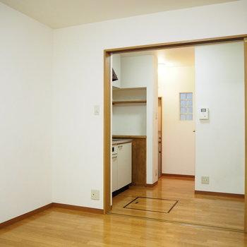 キッチンがすっぽりとはまっています