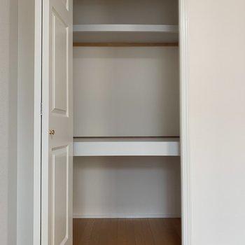 【洋室】収納スペースです※写真は前回募集時のものです
