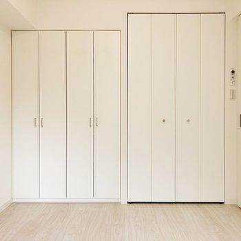 【寝室】白い扉で統一感があります