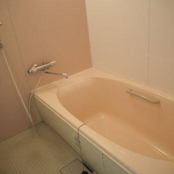 浴槽はこんなに余裕のある広さなの!