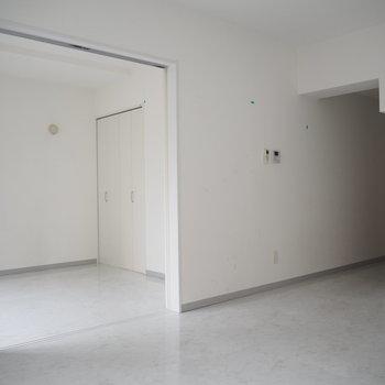 真っ白いお部屋ってなんでも合うからいいよね〜