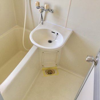 2点ユニット。お風呂上がりのついでにお掃除!