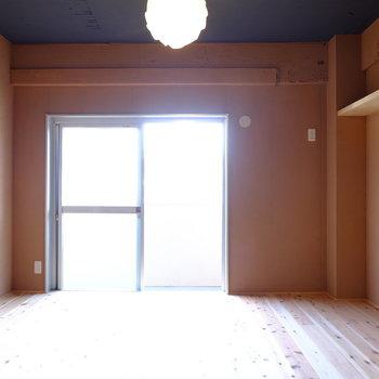 お部屋に合わせて家具を置きたい...