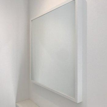 ここで鏡を見て、身だしなみチェックを。※写真は前回募集時のものです