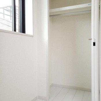 収納はこれ1つ※写真は3階の同間取り別部屋のものです