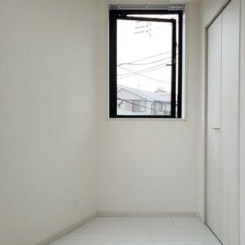 明るい◎※写真は3階の同間取り別部屋のものです