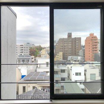 【上階5.3帖】窓からの眺め。