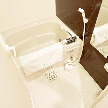水回りはホテルライクですね。※家具・雑貨はサンプルです