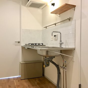キッチンスペース。十分な広さ。