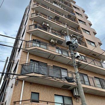 10階建てです