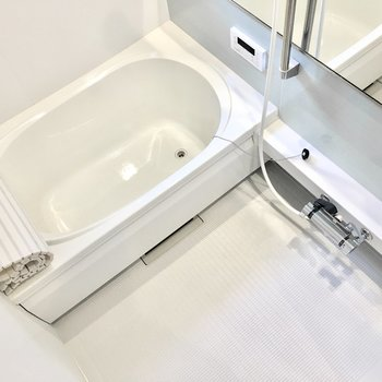 浴室乾燥機&追い焚き機能付き!
