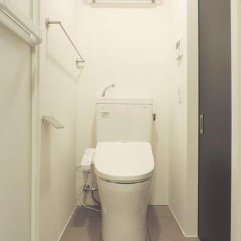 トイレでも手が洗えます