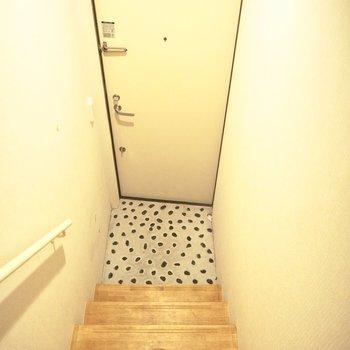 玄関は1階にあります
