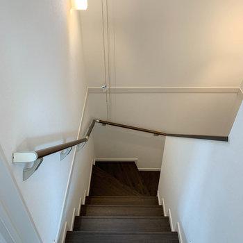 1階に降りて、水回りへ。